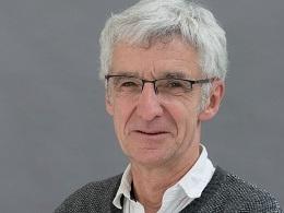 Jean-Marie Hullot a été chercheur à Inria de 1979 à 1986. Informaticien et créateur de programmes, il a notamment été à l'origine du développement de l'iPhone d'Apple.
